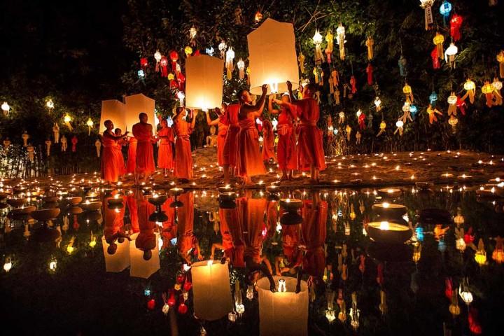 lantern-festivals-in-chiang-mai-2018